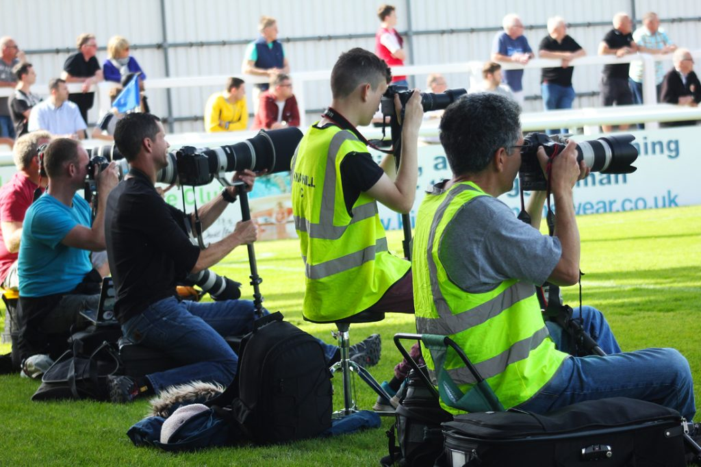 Sport photography - big lenses on cameras